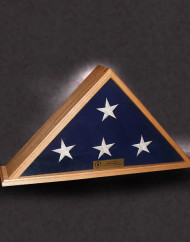 5×9-standard-red-oak-flag-case-with-brass-plate