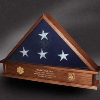 memorial flag box